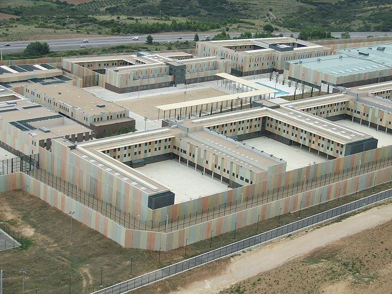 Ingreso en prisión. Comunicaciones y artículos permitidos (vídeo)